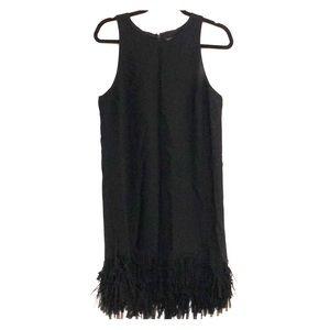 Sleeveless dress with fringe bottom